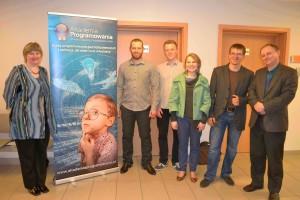 Szkoleniowcy Akademii Programowania wraz z pracownikami UP